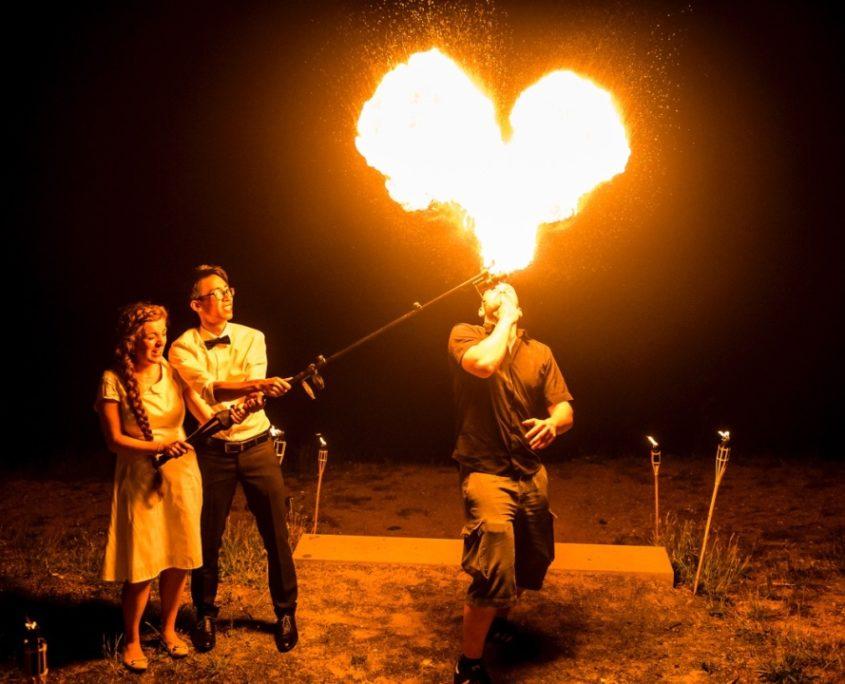 Feuershow für die Hochzeit